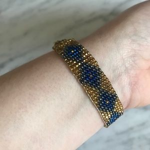Jewelry - Mexican beaded gold and blue bracelet